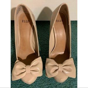 Tan bow detail heels